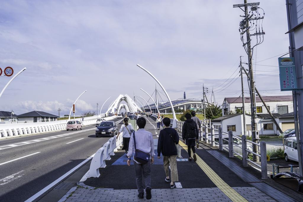トヨタロックフェスティバルの駅からの徒歩アクセス