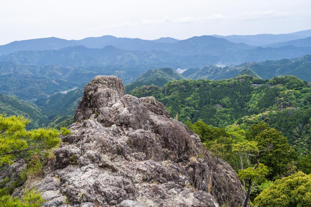 鳳来寺山の鷹打場展望台からの絶景