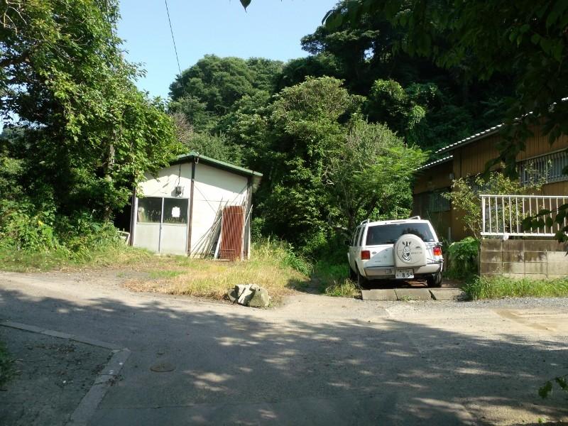 鎌倉広町緑地(室ヶ谷入口方面へ)
