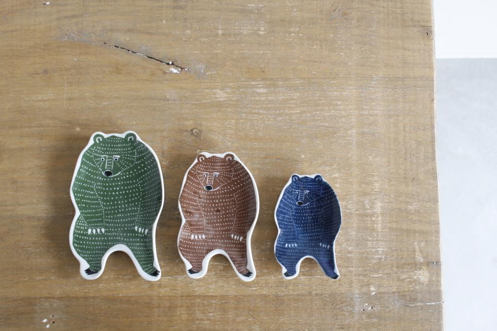 印判手中皿・小皿・豆皿 のクマ