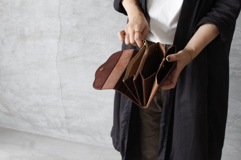 long wallet 102 内側
