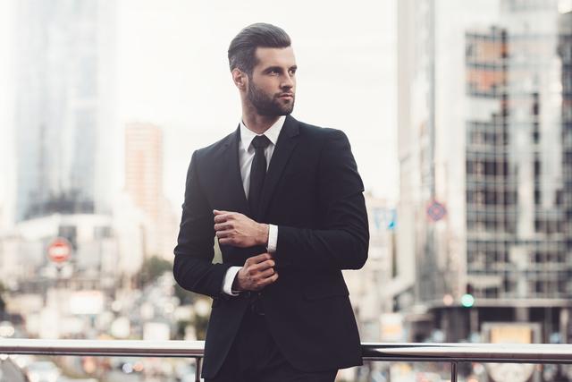 転職を考える男性