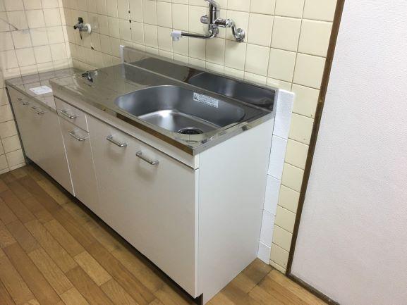 築古戸建 キッチン リフォーム 100均で修繕
