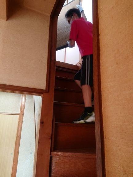 築古戸建 和室の洋室化 DIY 畳の搬出 子供も手伝う