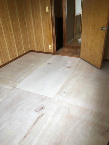築古戸建て 床の補強 コンパネ DIY