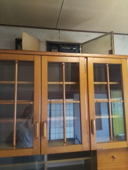 食器棚が残された台所