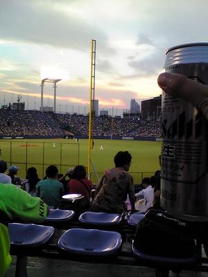 ナイターを見ながらビール♪