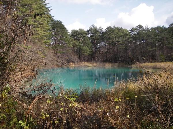 青?藍?不思議な色の五色沼