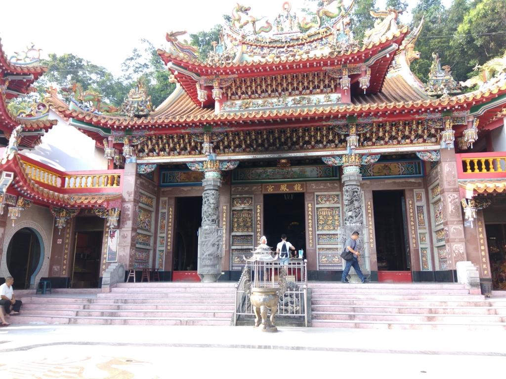 龍鳳宮月老廟の本殿