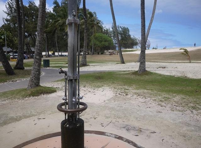カイルアビーチ-ラニカイビーチ-シャワー