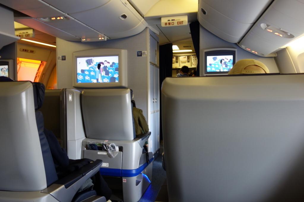 ANA765便のプレミアムクラス(平成30年1月19日)