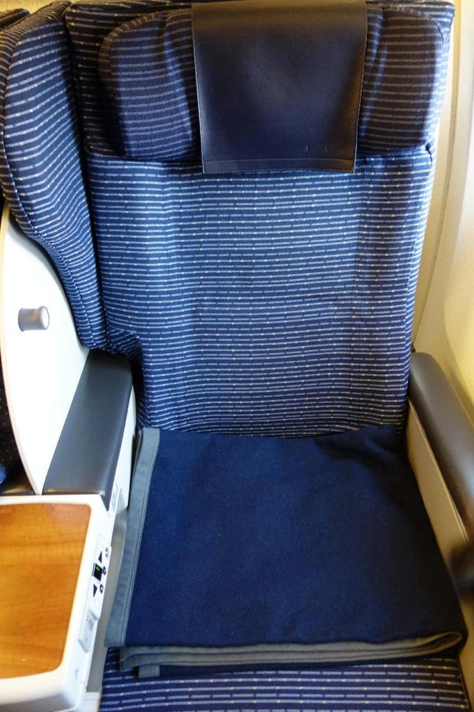 ANA732便のプレミアムクラスシート(平成30年1月23日)
