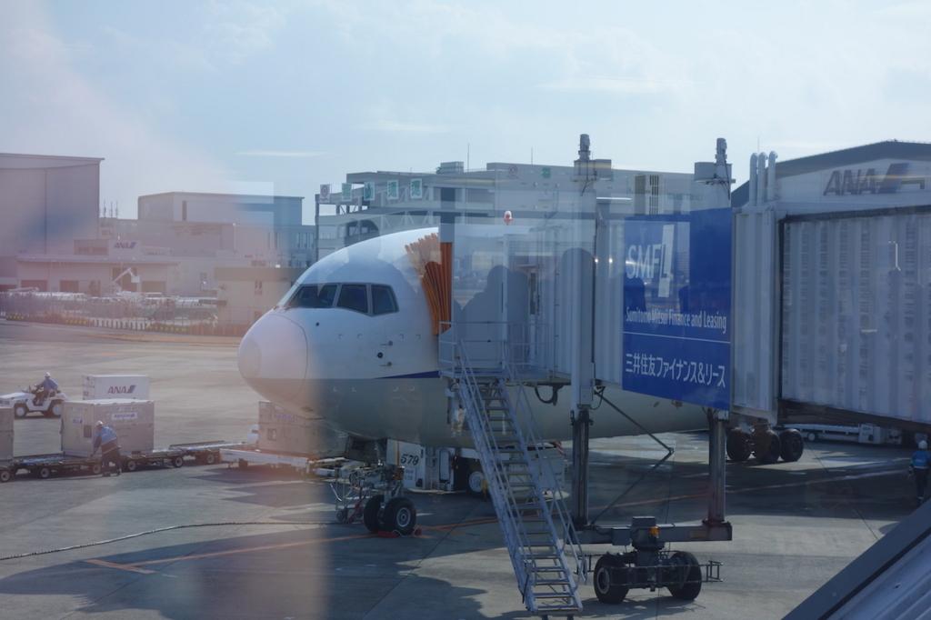 大阪国際空港に到着したANA732便(平成30年1月23日)