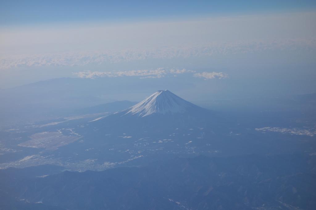 ANA732便から見た朝の富士山(平成30年2月5日)