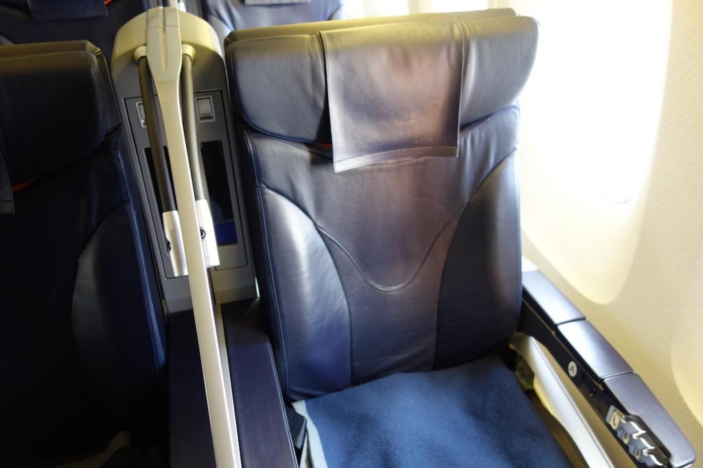 ANA732便のプレミアムクラスシート(平成30年2月5日)
