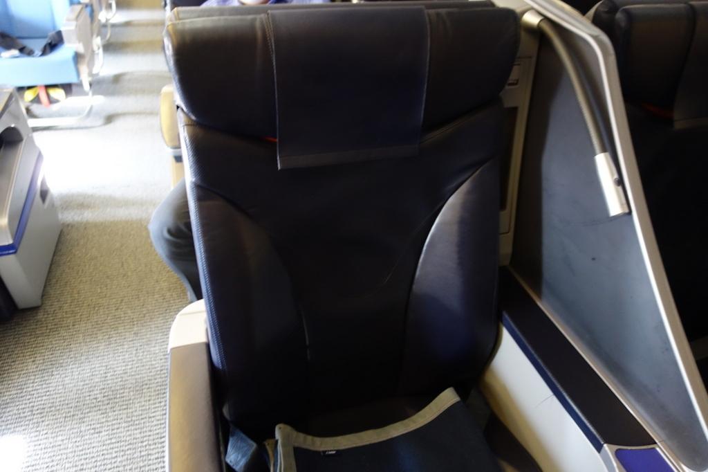 ANA765便のプレミアムクラスシート(平成30年2月5日)