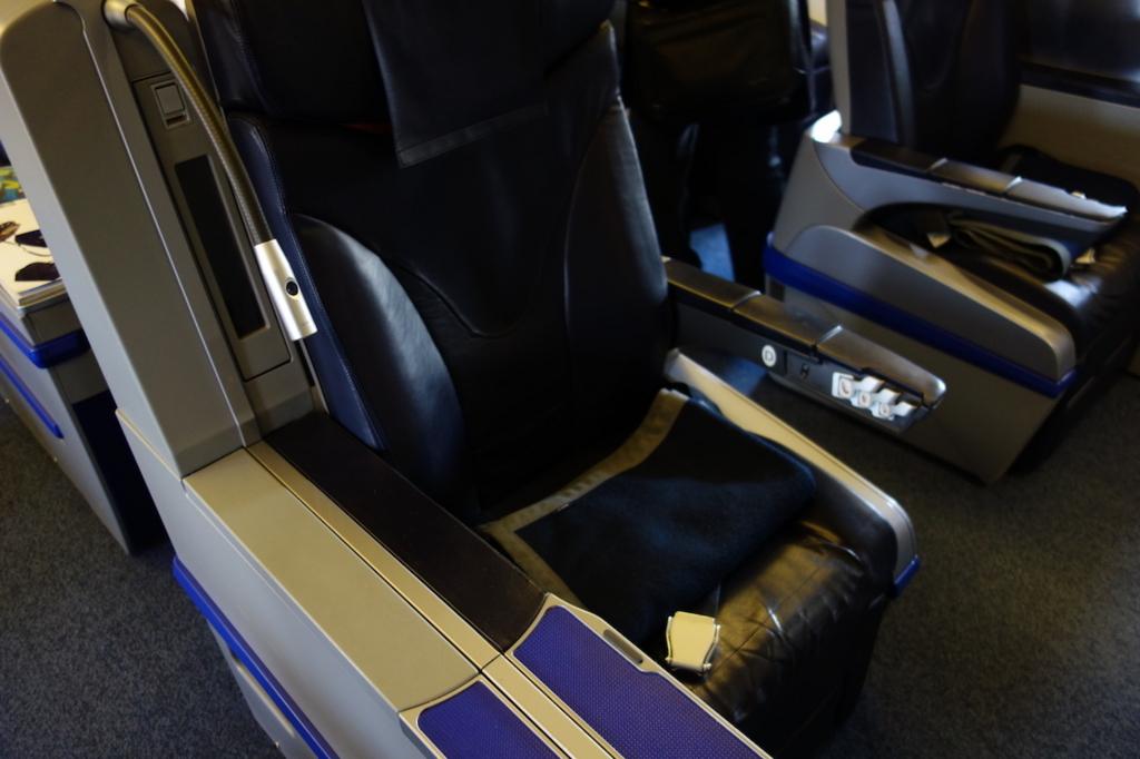 ANA732便のプレミアムクラスシート1D(平成30年2月21日)