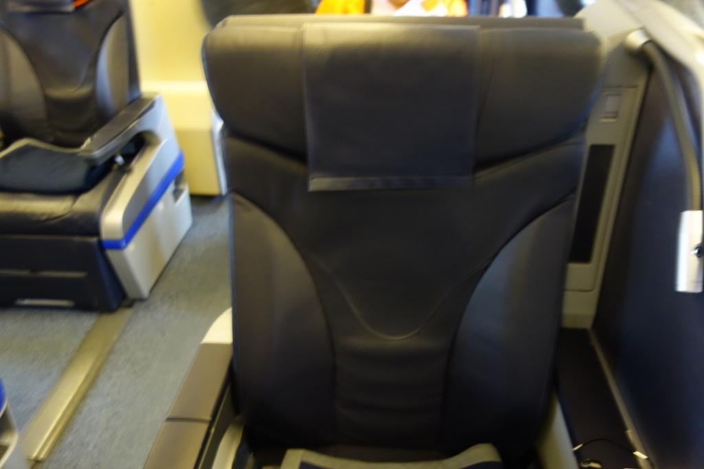 ANA1864便のプレミアムクラスシート(平成30年2月21日)