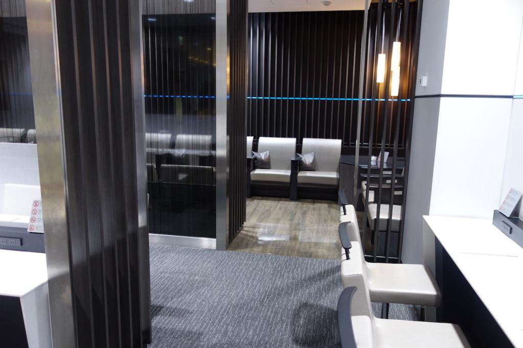 仙台国際空港のANAラウンジ奥側席(平成30年3月1日)