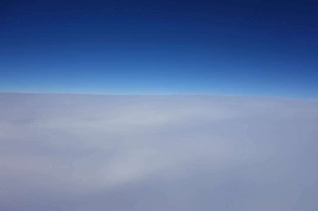 ANA732便から見た滑らかな形の雲海(平成30年3月1日)