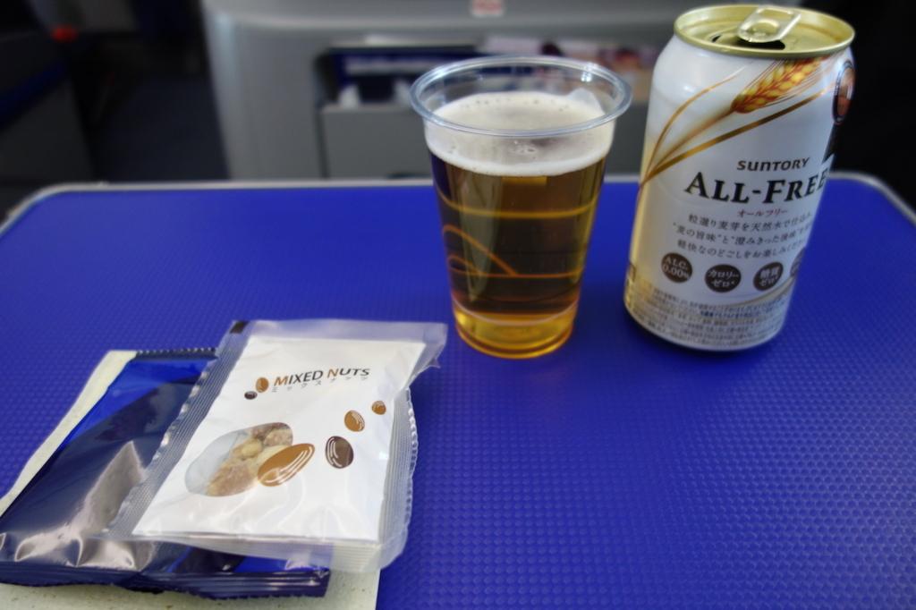 ANA765便で注文したノンアルコールビール(平成30年3月1日)