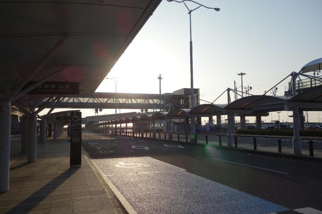 仙台国際空港のターミナルビル入口(平成30年3月27日)