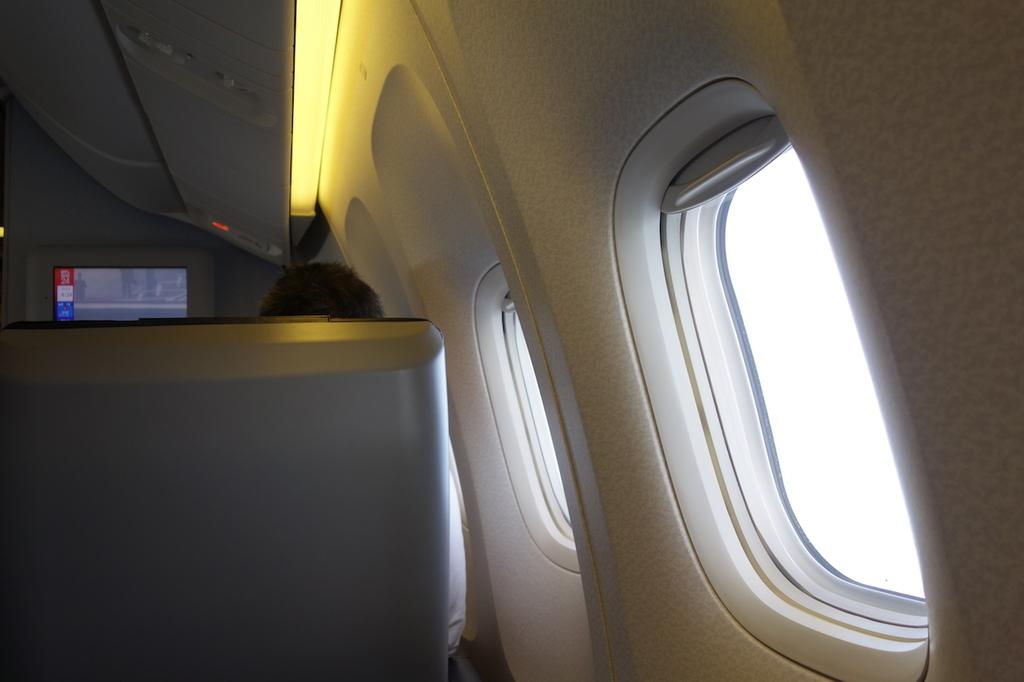 ANA1864便のプレミアムクラス(平成30年3月27日)