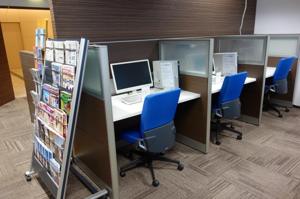 仙台国際空港のBusiness Lounge East side レンタルPC(平成30年3月27日)