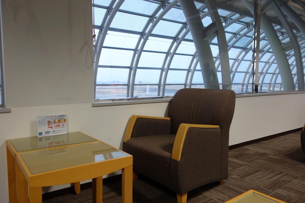仙台国際空港のBusiness Lounge East side ラウンジ内(平成30年3月27日)