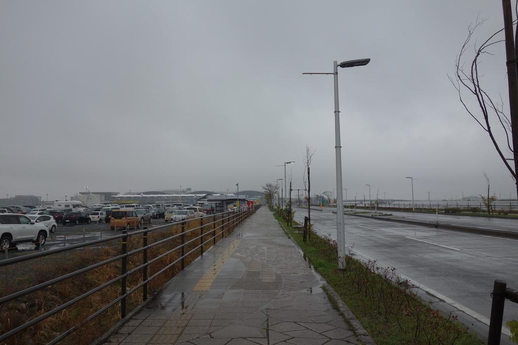 駐車場から仙台国際空港まで向かう景色(平成30年4月25日)