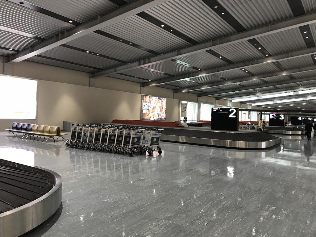 大阪国際空港の手荷物受取所(平成30年4月25日)