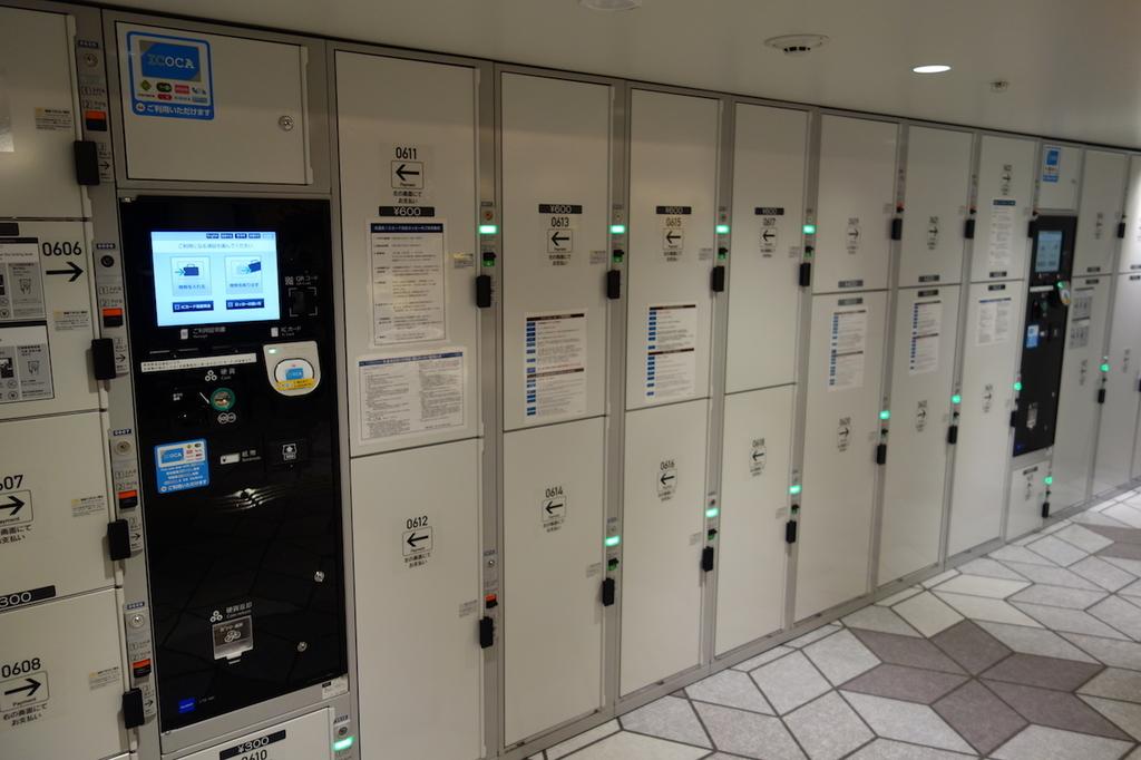 大阪国際空港中央ブロック2Fのコインロッカー(平成30年4月25日)