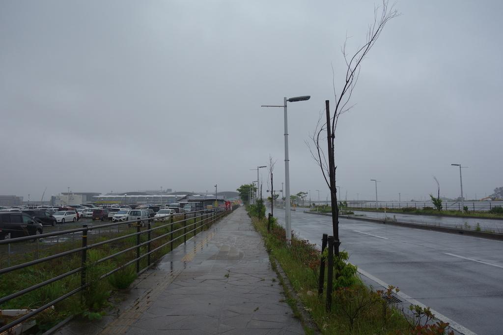 駐車場から仙台国際空港まで向かう景色(平成30年6月11日)