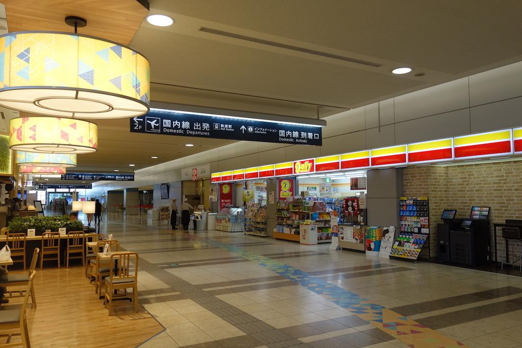 仙台国際空港のターミナルビル1階(平成30年6月11日)