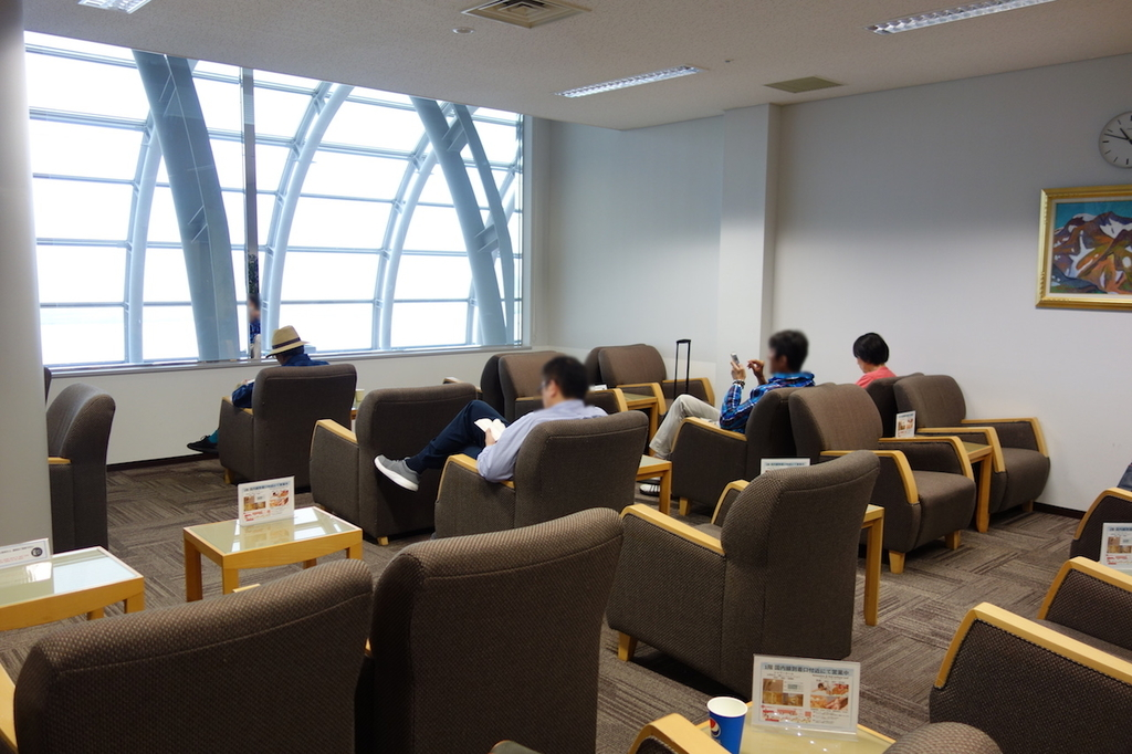 仙台国際空港のBusiness Lounge East side ラウンジ内2(平成30年6月11日)