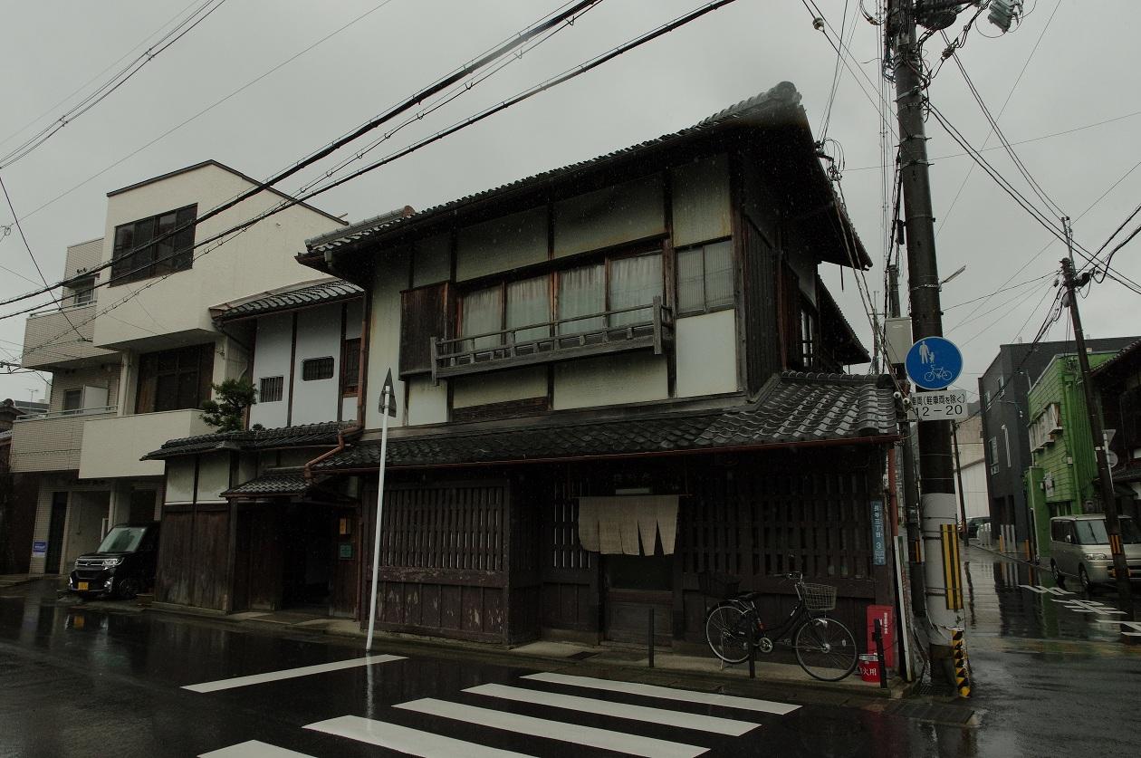 f:id:anachro-fukurou:20200321214010j:plain