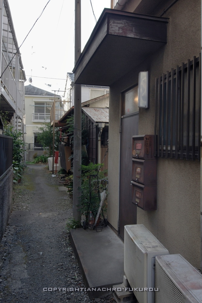 f:id:anachro-fukurou:20210222090340j:plain