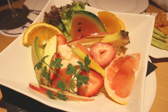 AIKAのフルーツサラダ