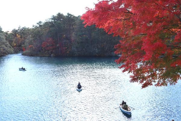 五色沼紅葉ハイキング