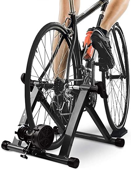 正式なサイクリング前のペダルのロック/ロック解除トレーニング