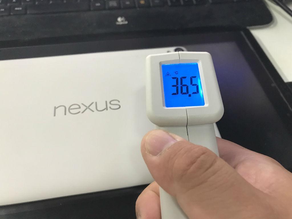 nexus9でアズレンすると加熱する!