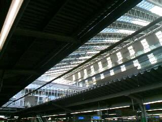 大阪駅なう。