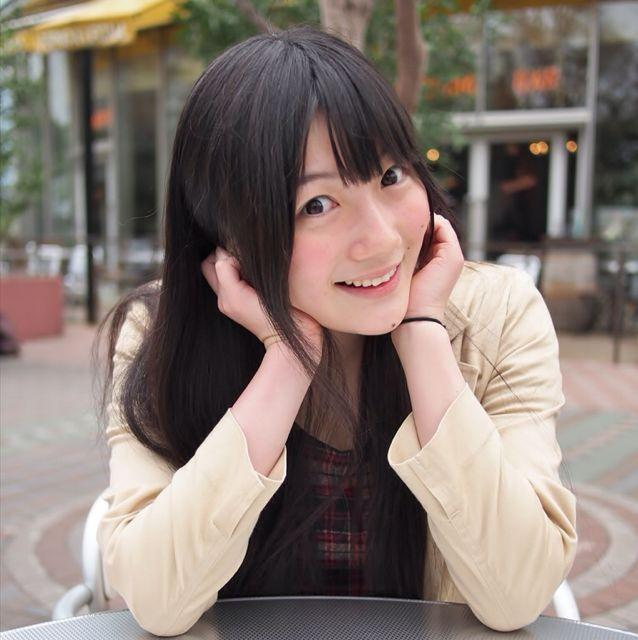 笑顔を見せる井澤美香子