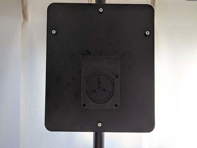 ディークラフトのブラケットをダーツライブポールスタンドに設置