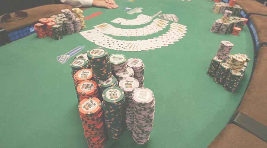 Gimana Caranya Agar Anda Beruntung Main Poker Online Terpercaya?