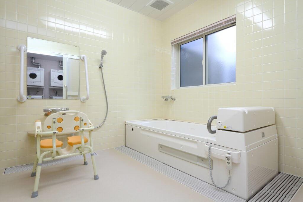 介護施設の浴室