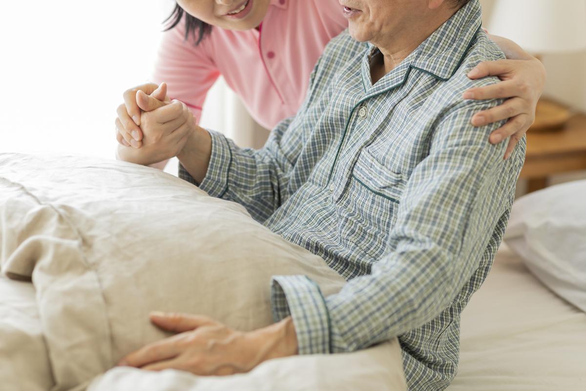 介護用パジャマ の種類と選び方