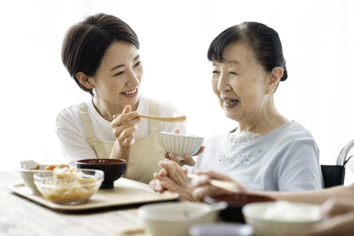 高齢者にとって大切な「経口摂取」を続けるためには