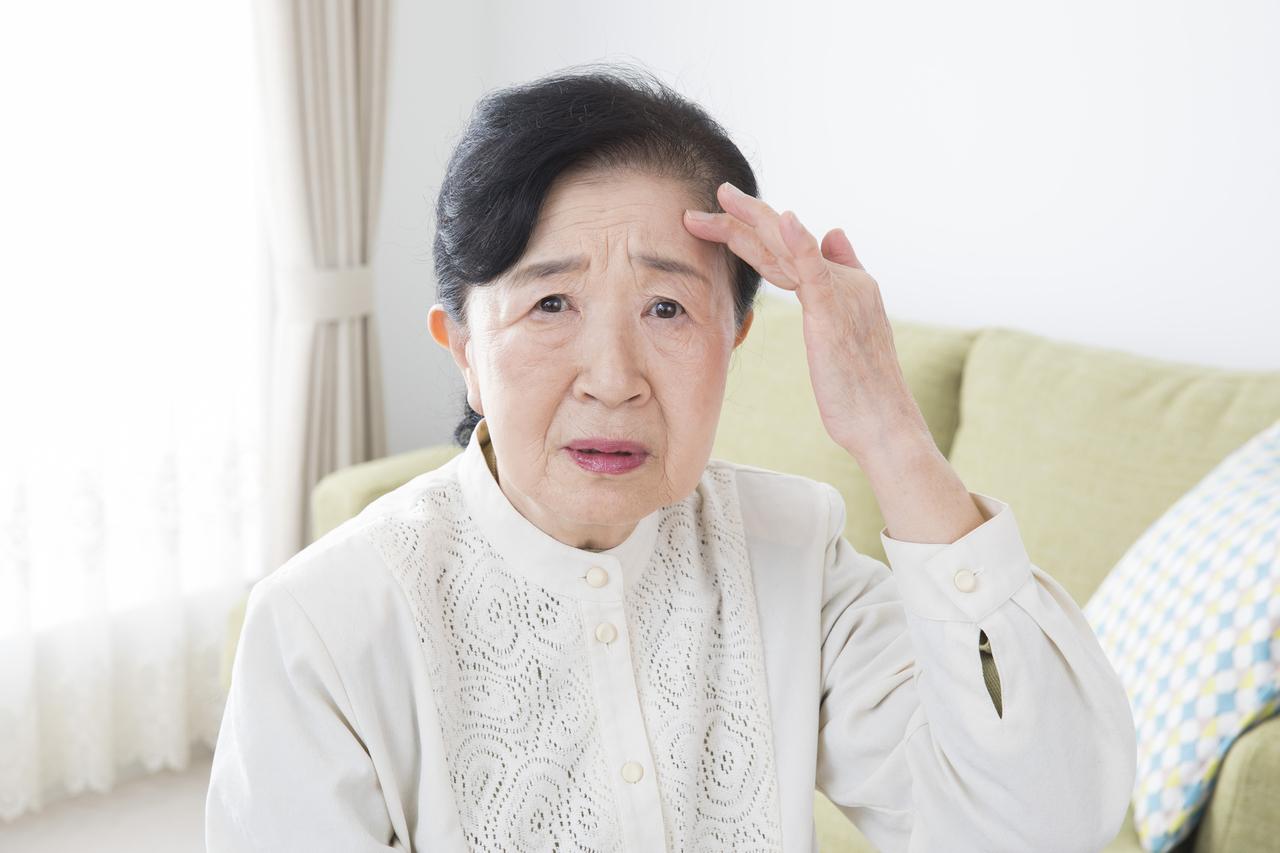アルツハイマー型認知症で多くみられる「取り繕い(とりつくろい)」行動とは