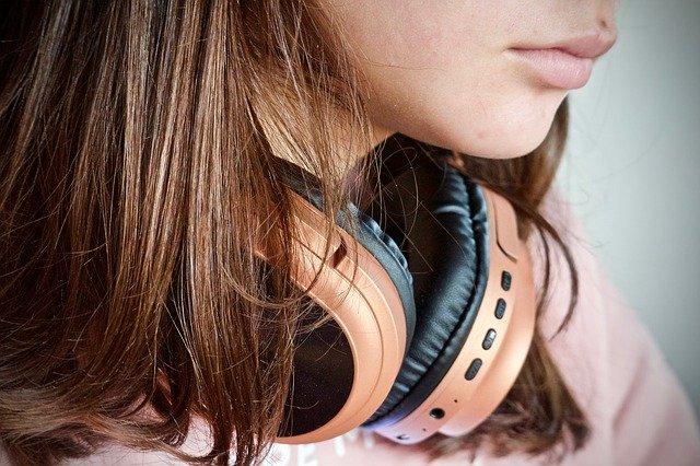 音楽を聴きながらの勉強をする方法まとめ